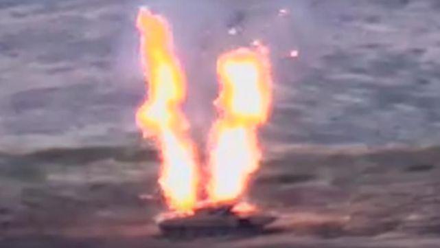 突燃戰火!兩世仇國傢全面開打,無人機出擊,擊毀12套防空導彈-圖7