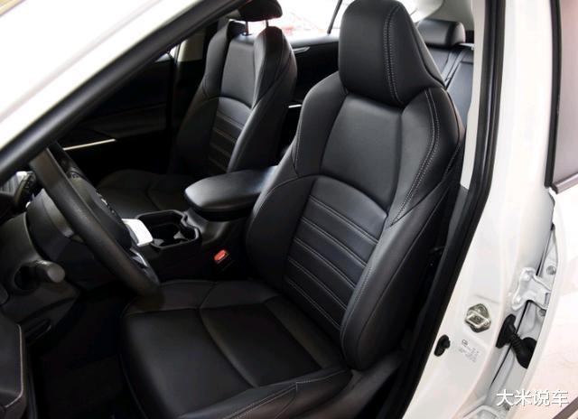 豐田新款平民SUV,四驅還有218馬力,滿油可以跑1200KM-圖7