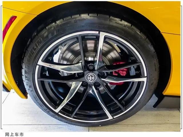 豐田全新Supra進店實拍!本月入華銷售,搭寶馬同款2.0T+8AT-圖4