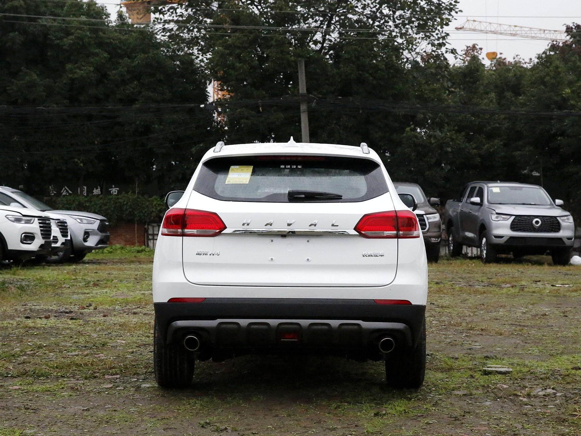 不給飛度活路!這臺SUV軸距2660mm,空間大配置高,何必選飛度-圖2