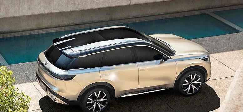 日系高端SUV亮相,前臉像奇瑞,車身像國產,但比寶馬X5好看霸氣-圖4