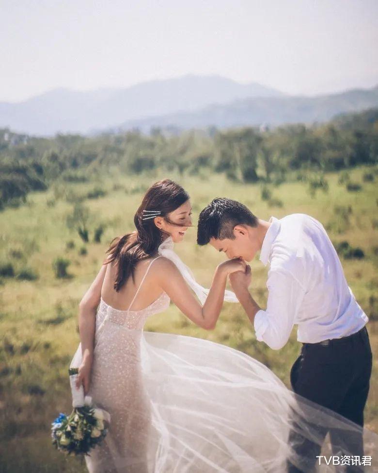 突曝婚訊!香港知名女星曬婚照宣佈嫁圈外男友:未否認奉子成婚-圖2