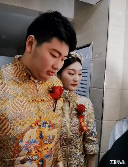 大衣哥兒子朱小偉今日大婚,美女歌手袁慶助陣,貴人於文華缺席?-圖3