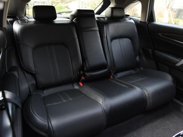 合資中型SUV標桿,業界頂尖2.0T+采埃孚9AT,配大五座隔音如高鐵-圖4