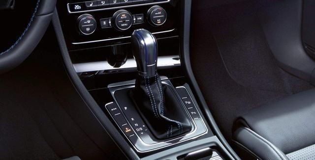 同一款車分高低功率,低功率的會更省油,就如奧迪Q5L-圖5