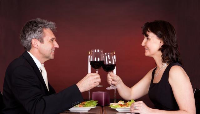 """一個女人是否值得""""深交"""",隻需吃一頓飯,就能看的""""一清二楚""""-圖6"""