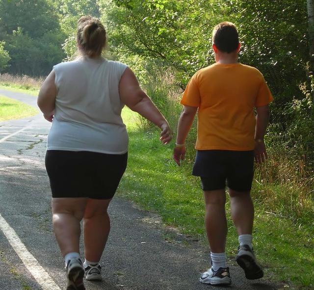 真實的美國普通人:3/4人口是胖子,越窮越胖,自我感覺很良好-圖5