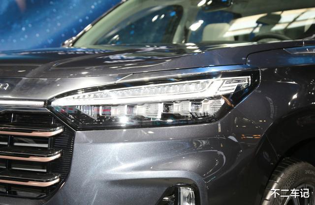 自主高端SUV再添實力幹將,星途VX空間寬敞,實用好開適合傢用-圖3