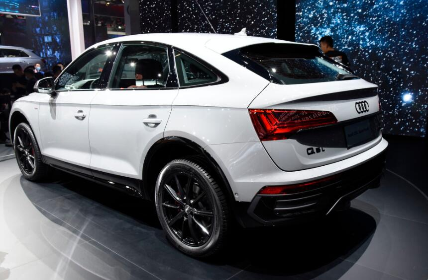 """奧迪首款""""轎跑SUV""""將國產,比GLCCoupe更運動,加速6.5S劍指X4-圖2"""