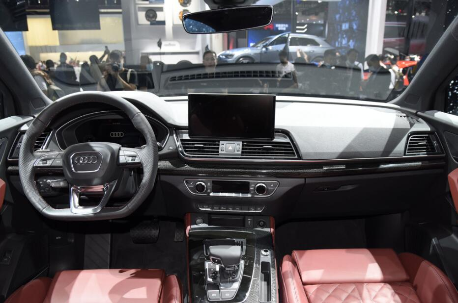 """奧迪首款""""轎跑SUV""""將國產,比GLCCoupe更運動,加速6.5S劍指X4-圖5"""