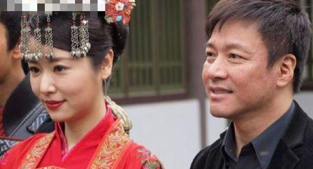 他和林心如同居8年,結婚前突然宣佈分手,今60歲娶小28歲嬌妻-圖5