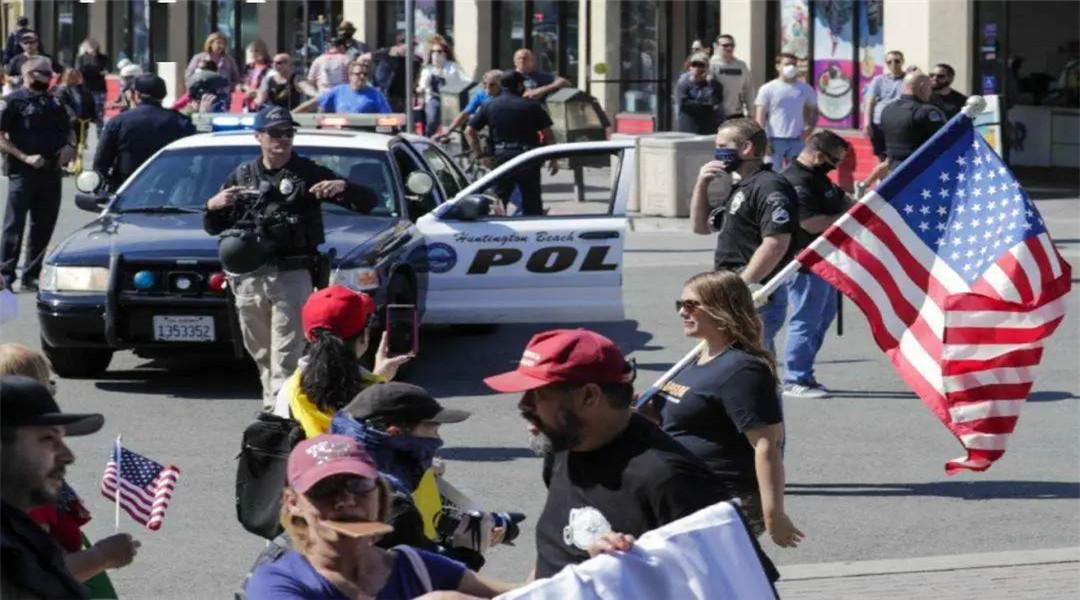 """孔子學院代表被美警方和FBI搜查後死亡,外媒:很可能是一場""""蓄意謀殺""""-圖2"""