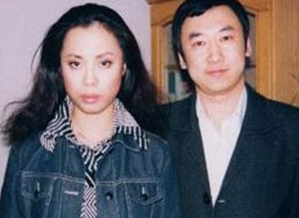 黃綺珊悲慘人生:三婚三離多次輕生,今52歲隻有兒子杜海濤作伴!-圖3