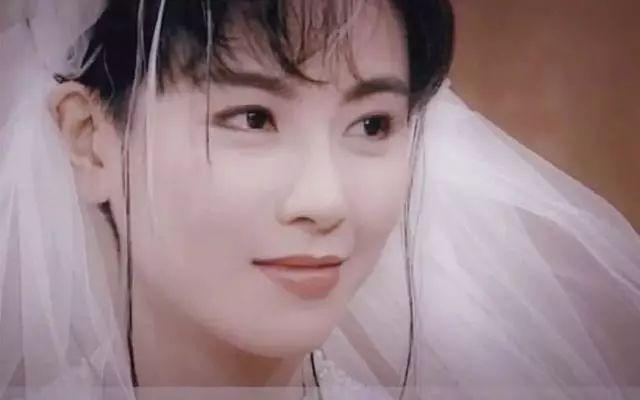 有一種驚艷叫劉鑾雄歷任女友,個個美若天仙,李嘉欣姿色隻算一般-圖10