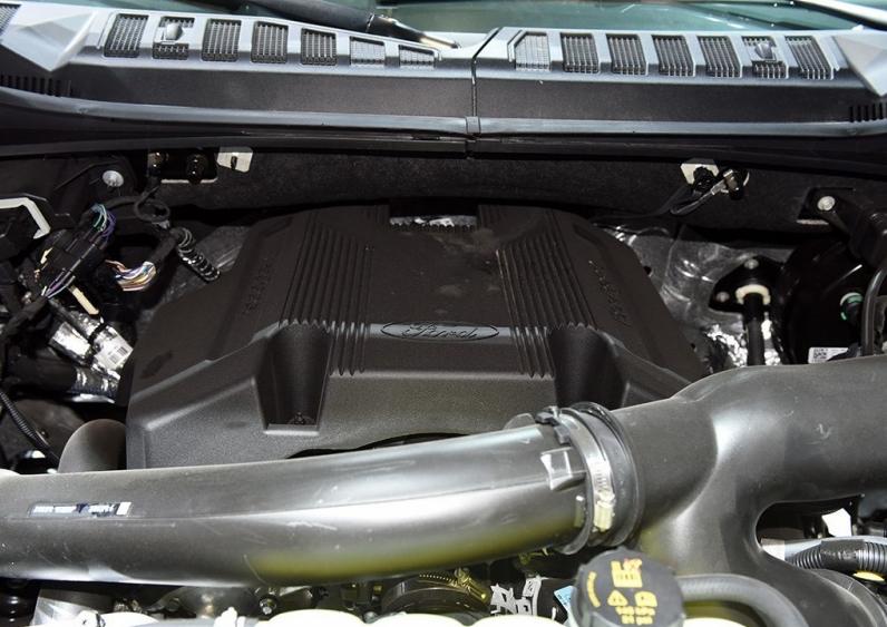 """皮卡界的""""標桿""""迎來換代!外觀硬朗霸氣,搭3.5T V6動力,如何-圖6"""