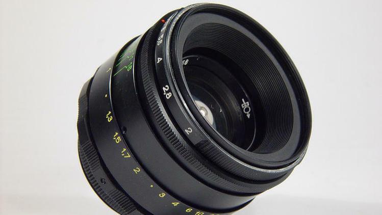 泽尼特今秋发布60mm f/2.8微距镜头 俄罗斯制造支持电磁光圈