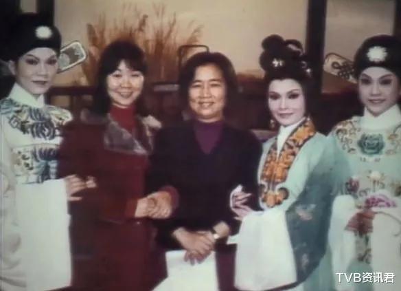 終年86歲!香港著名大導演突然傳死訊:傢傭稱是躺沙發凳安詳離開-圖6