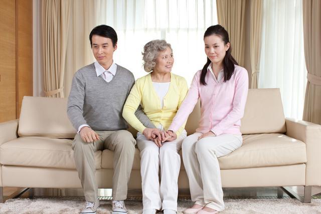 """新型""""婆媳關系""""正在流行,作為婆婆多瞭解一下,生活舒服很多-圖4"""
