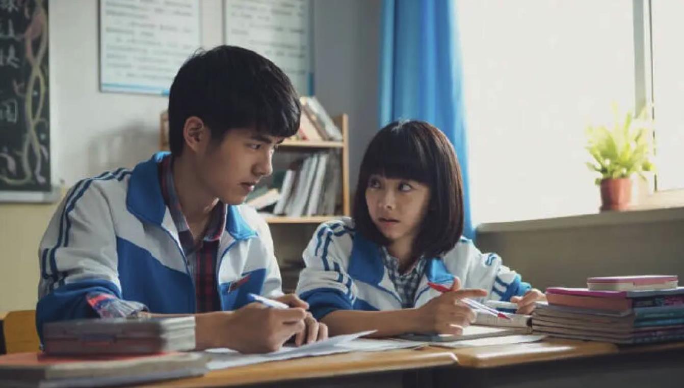 白衣少年劉昊然:出道6年斬百億票房,活出最理想的少年模樣-圖5