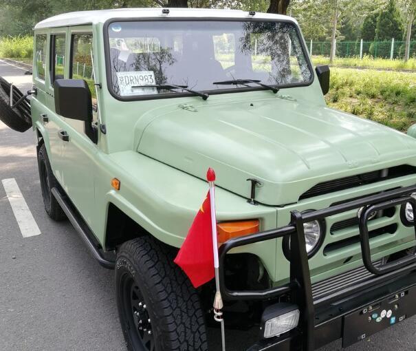 巴别圣塔_国产情怀SUV完成升级!2.4T动力+四驱,双色车身比路虎卫士还帅气