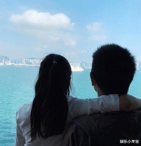 陳浩民搬離房租14萬港幣的房子,疑養不起一傢6口,老婆開直播掙錢-圖4