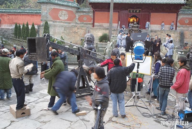王晶新電影已經完成拍攝,電影上映時間,引起很多人熱議-圖4