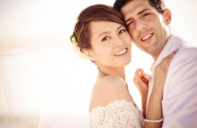 和鄭伊健同居六年,和法國男友同居四年,今嫁西班牙老公幸福美滿-圖3