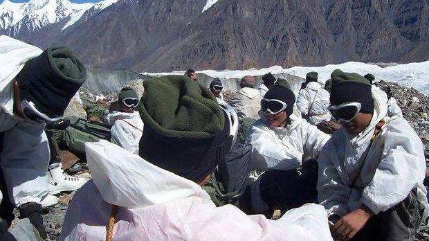 """印度軍隊零下50℃高原過冬,美國專傢:印軍人多打仗不""""吃虧""""-圖4"""