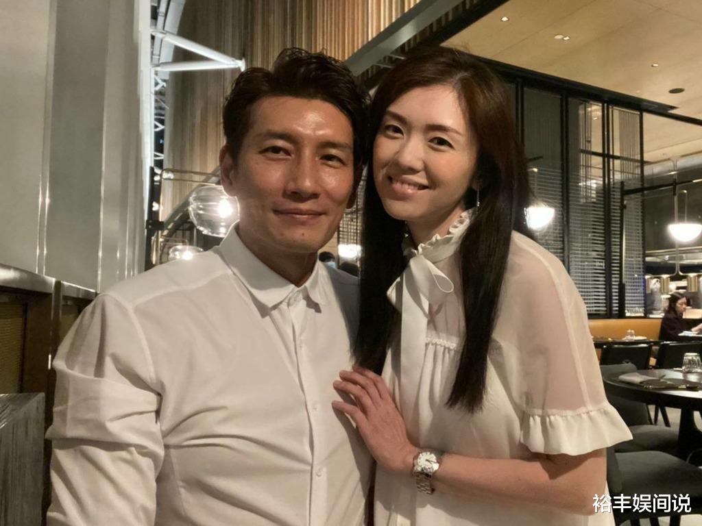 恭喜!袁文傑與44歲女友低調結婚,絕美婚紗照曝光,溫馨且浪漫-圖3