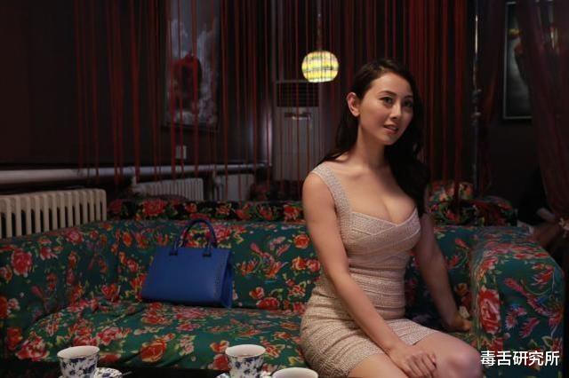 """""""最上鏡小姐""""袁嘉敏拍片曬身材吸200萬點擊,坦言目前單身幹燥得很-圖6"""