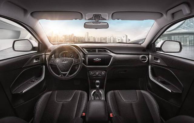 剛拿駕照首選SUV:標配胎壓監測 全系1.5L 不足5萬起售-圖4