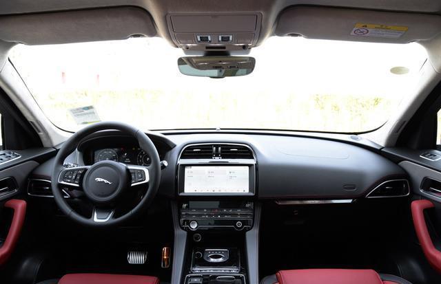 國內在售的豪華品牌中型SUV內飾集合,哪個才是你喜歡的?-圖7