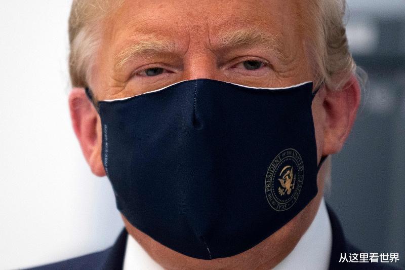 """特朗普慌瞭!感染病毒後出現發燒,中國民眾獻""""治療""""方法-圖2"""