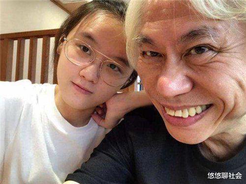 17歲女孩林靖恩:嫁57歲爺爺,結婚4年,已失去純真笑容-圖3