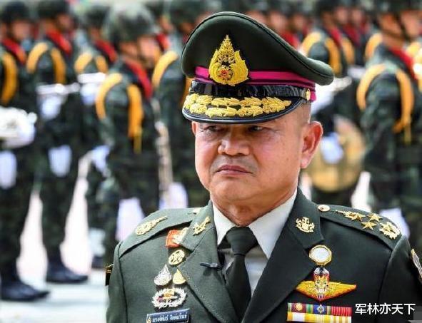 泰國新任陸軍總司令,與泰王關系密切,上任後強調維護王室重要性-圖2
