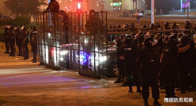 把鍋全甩給西方,盧卡申科準備采取強硬措施,反對派這樣勸降軍警-圖5
