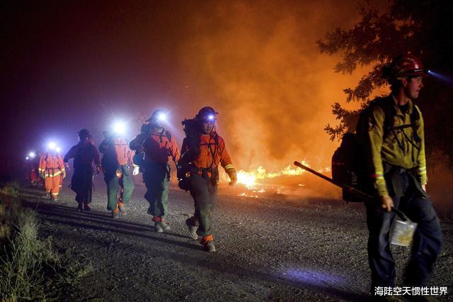 美國加州州長痛批特朗普:明知道正在遭遇大火,還把資金給撤走瞭-圖2