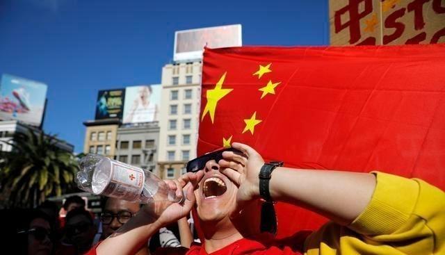 大批美籍華人被譴回國,發現無傢可歸,質問:那我們該怎麼辦?-圖2