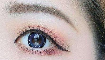 心理測試:4隻眼睛憑感覺選一隻,測你多優秀,是不是有人暗戀你-圖3