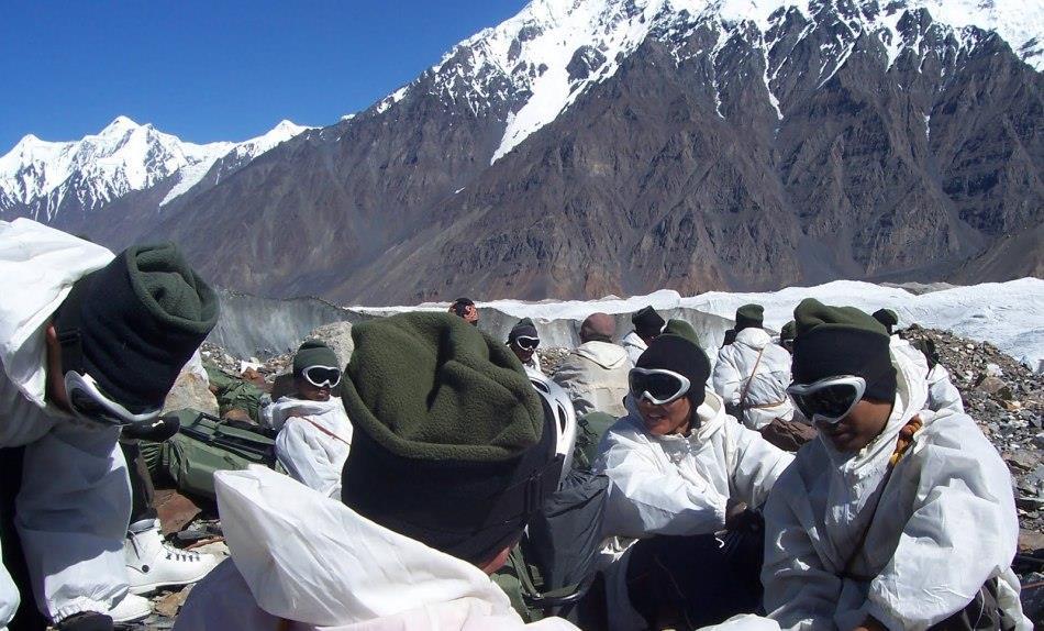 大雪封山後勤補給中斷,列城醫院人滿為患,印軍司令開始撐不住瞭-圖3