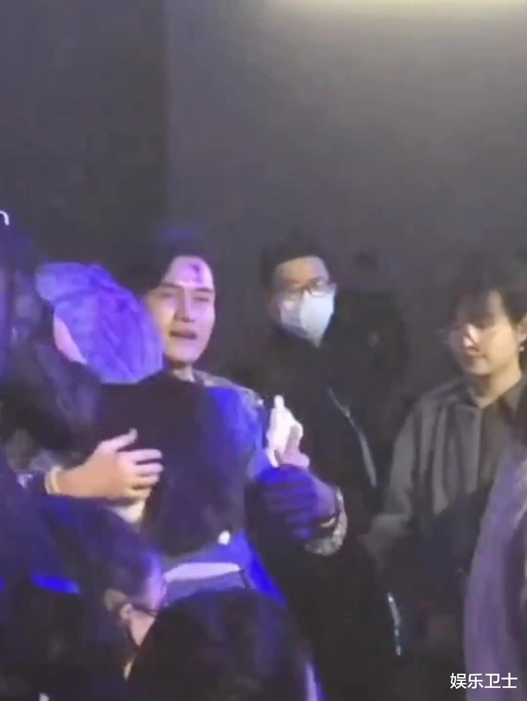 范冰冰參加上海時裝周,被特殊照顧顯大花身份,與馬蘇同框全程避嫌無交流-圖5