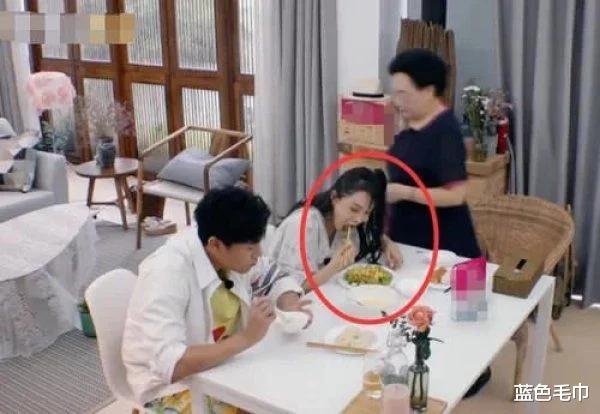 伊能靜對自己太狠,為瞭瘦看她早飯吃的啥:原諒我一口不想吃-圖3