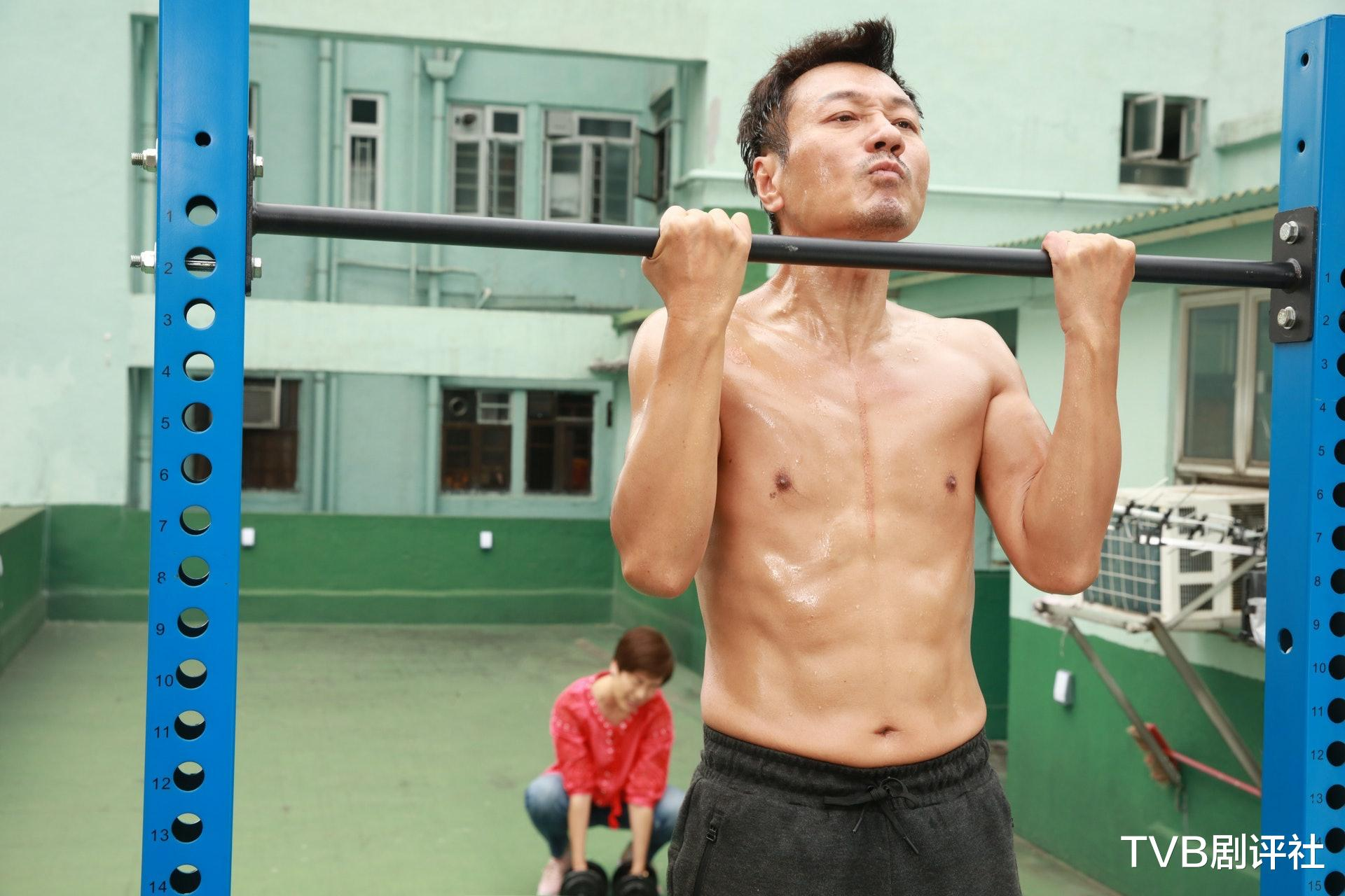 TVB開拍拳擊劇,與八年前劇同名同題材,網友:連劇名都懶得想-圖7