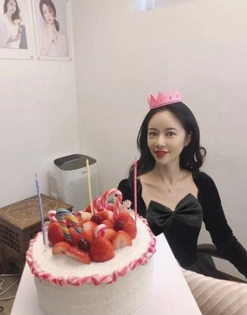 35歲韓國女星黃正音申請離婚,和老公結婚4年育有一子-圖8