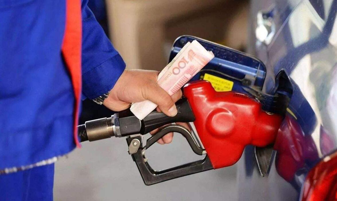 加200元的油和加滿油,到底哪個更傷車?老司機:不懂就別亂來-圖3