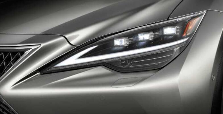 雷克薩斯新一代LS曝光,寬體轎跑比7系更魁梧,新增2.0T+全時四驅-圖5