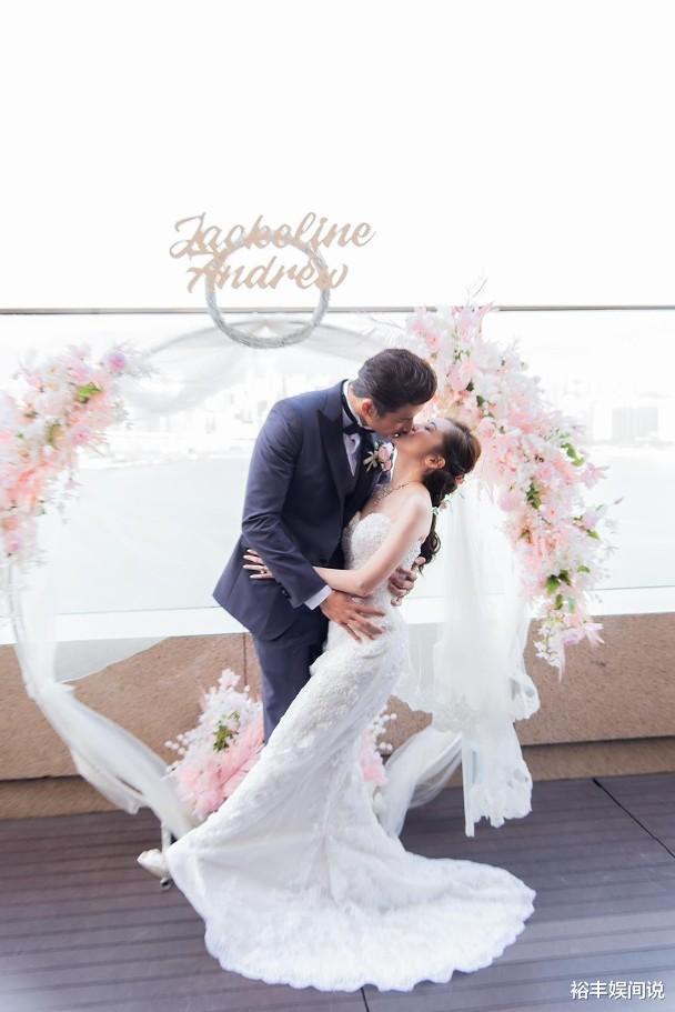 恭喜!袁文傑與44歲女友低調結婚,絕美婚紗照曝光,溫馨且浪漫-圖5