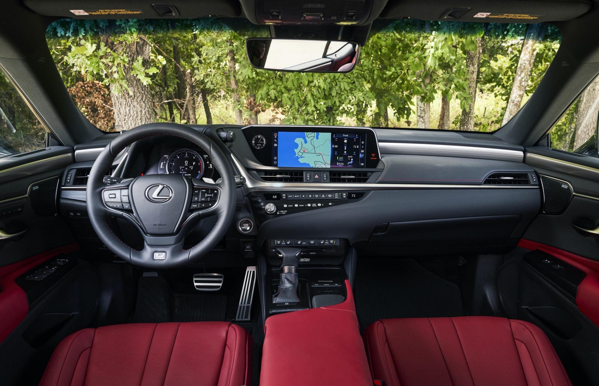豐田又一豪車來襲,車長近5米,2.5L自吸發動機配四驅,油耗6.3L-圖4