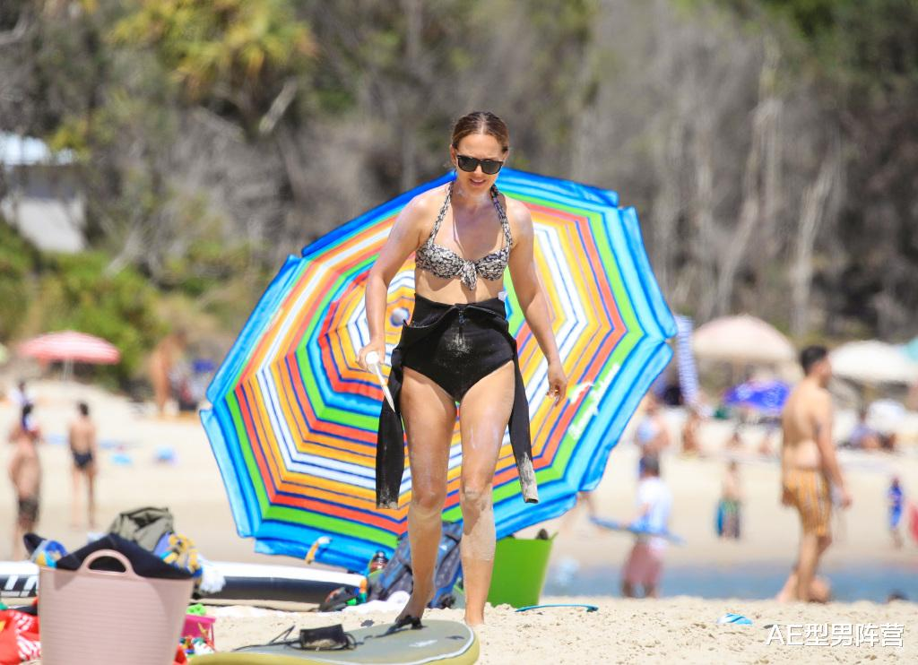 39歲娜塔莉·波特曼到達澳洲開拍《雷神4》!女雷神身材,依舊搶眼-圖3