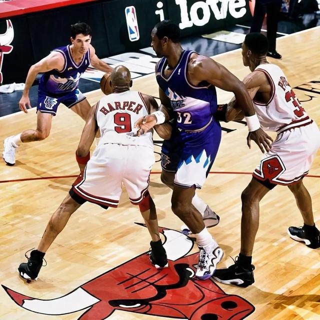 ndsl和ndsi_炸了!莫雷重返NBA!16.6亿美元,休赛期第一笔大交易来了!-第11张图片-游戏摸鱼怪